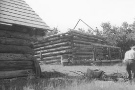 5_Valašská dědina, stavba chléva, 1966 / The Wallachian Village, construction of the cowshed, 1966